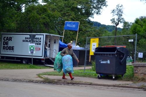 Pfandsammler auf dem Taubertalfestival